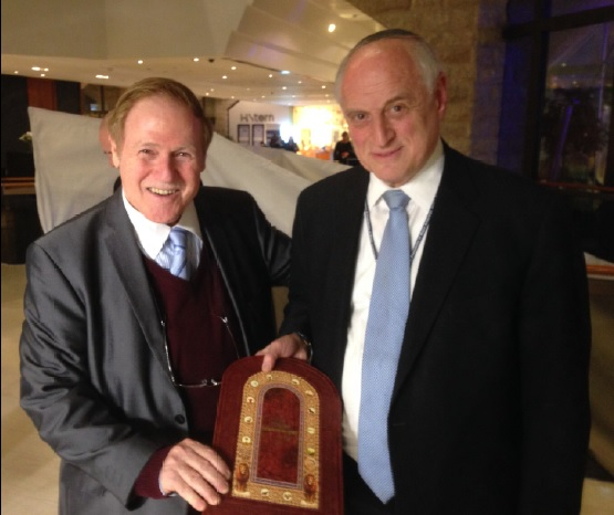 Ari Lipinski met in Jerusalem Malcolm Hoenlein Vice chairman Conference of Presidents of Major American Jewish Organisations 16.2.2015
