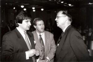 Ari Lipinski, Hauptdelegierter des KKL in Deutschland, Hessen MP HANS EICHEL, JNF-Präsident J. Kuroszczyk, 11. November 1998, Synagoge Frankfurt