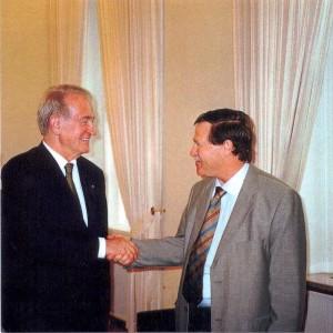Ari Lipinski mit Bundespräsident Johannes Rau, Berlin 2001