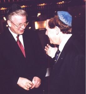 Ari Lipinski mit MP HESSEN ROLAND KOCH, 9.11.2002